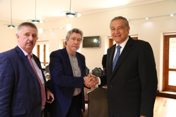 Oscar Naranjo (right), the Colombian Vice President, together with Mickey Brady MP (centre) and Peter Nolan (left). The Vice President emphasised the the current government's commitment to the peace process and its support for the work of JFC.